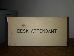 DeskAttendant2