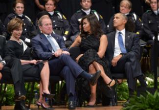 Obama-Bush-DallasMem